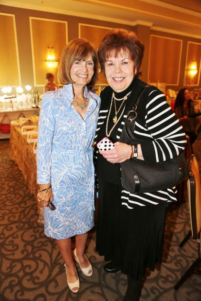 Diane Buhr, Kay Wallace
