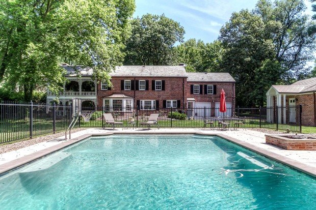 Log Cabin Drive, 24_pool.jpg