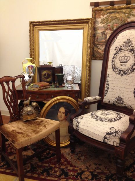 INDEPENDENCE CENTER CLUBHOUSE SHOP FALL ESTATE SALE