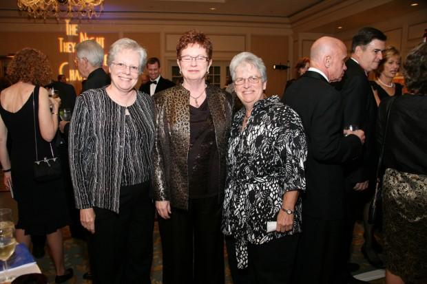Pam Wissore, Bonnie Edmonds, Vicky Krulic
