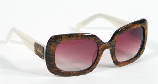 PinkMagGlasses10601.jpg