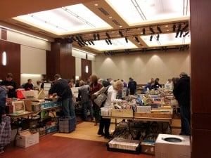 2-3_JCCBookSale_020113.jpg