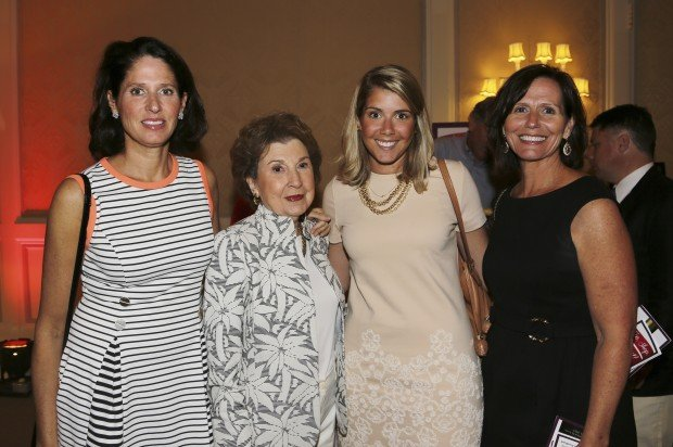 Madeline Byrne, Phyllis Kreutz, Courtney and Kara Byrne