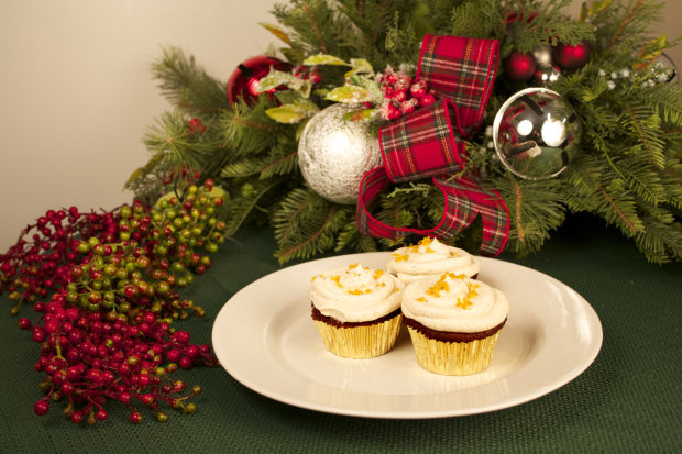 gingerbread buttercream cupcakes.jpg