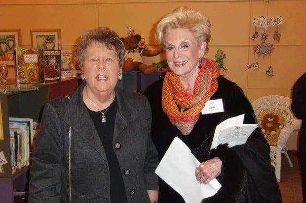 Sue Rapp, Carole Buck