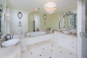DP_AppleTree bathroom.jpg