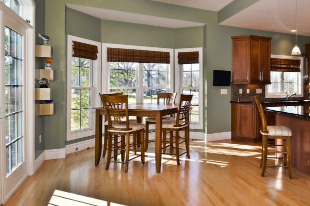 Meadowbrook Country Club Estates 376_breakfast room.jpg