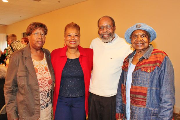 Alma Young, Linda Willis, Dr. Arthur and Dorothy Visor