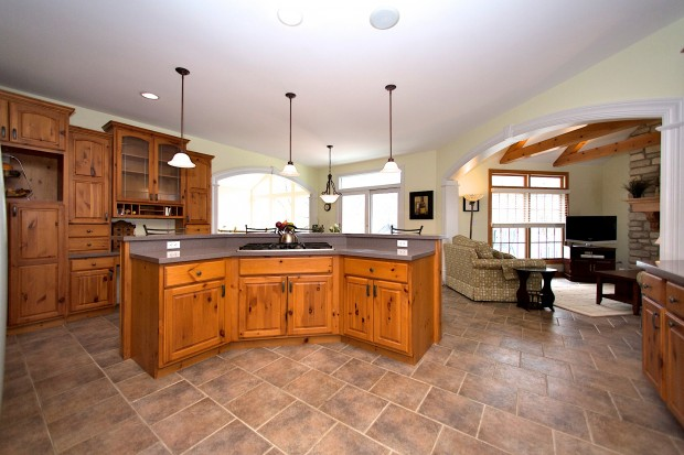 4207 Austin Ridge Drive kitchen.jpg