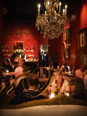 4 Bar Les Freres.jpg