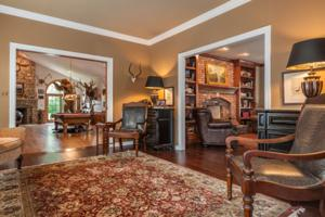 19217 Brookhollow Dr sitting room.jpg