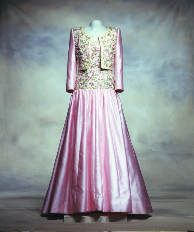 Dress19F.jpg