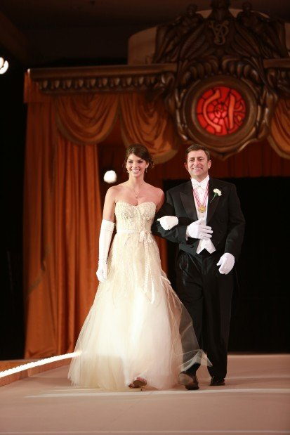 Alexandra Noelle Windsor, daughter of Mr. and Mrs. Charles Windsor Jr., escorted by John Ross Jr.