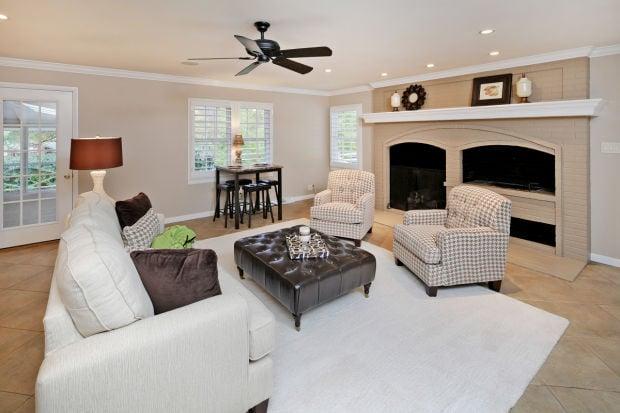 113 Hawthorne Estates-Living Rm.jpg