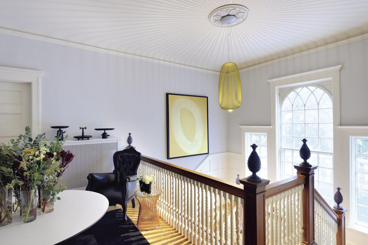 Elegant Foyer Quiz : Entry foyer staircase landing and second floor
