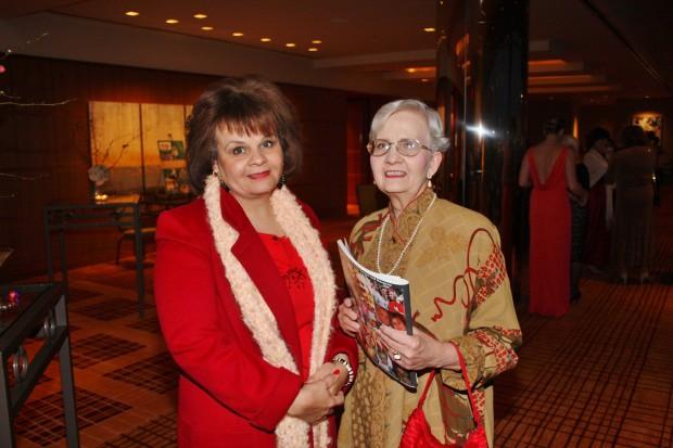 Katya Evans, Gail Evans