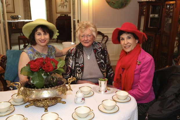 Nina Swartz, Peggy Symes, Ann Ross