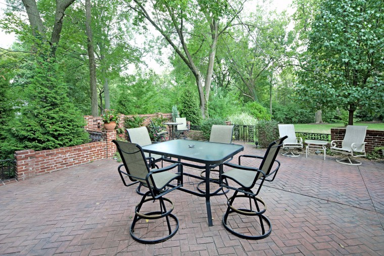 dp-patio_0921.jpg