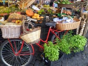 street market rome