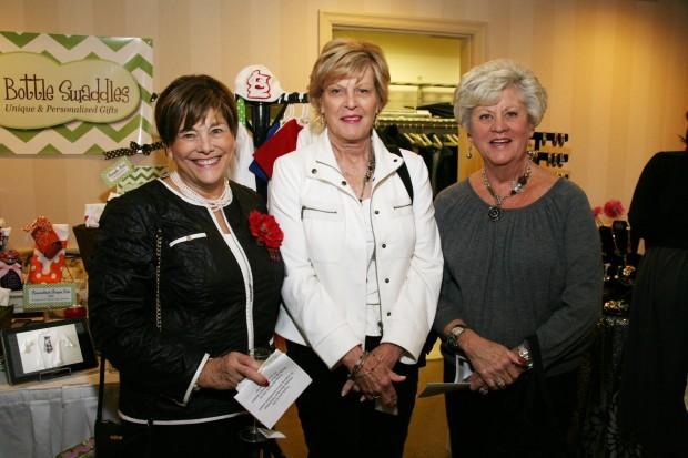 Mary Ann Graf, Kay Kaiser, Charlotte Hillmeyer