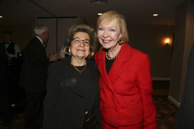 Barbara Goodman, Donna Wilkinson