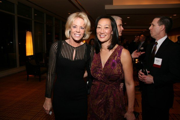 Ann Desloge, Julie Tang