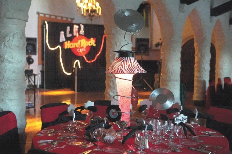 party3_table_0309.jpg