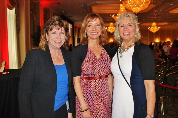 Cindy Medley, Cailin NacAgy, Kim Curia