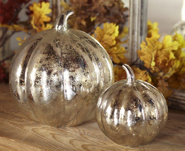 nancy4 glasspumpkins.jpg