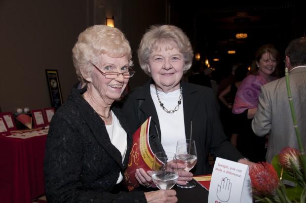 Dorothy Rains, Donna Bohn