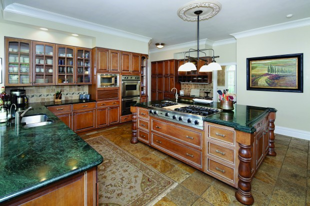 6 Countryside Ln - Kitchen.jpg
