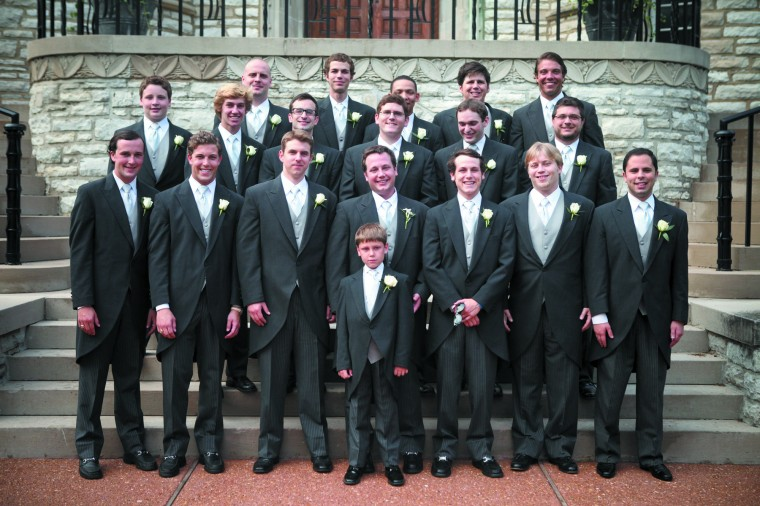 1021_ELwed7_groomsmen.jpg