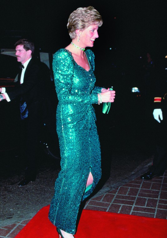 DIANA ARRIVES AT DIAMOND BALL