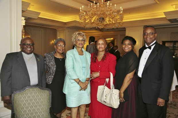 Johnny Campbell, Lois McGruder, Laura Edwards, Jackiee Smith, Ronda and Stanley Franklin
