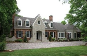 1 Mayfair Road, Ladue