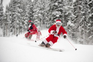  Santa skiing