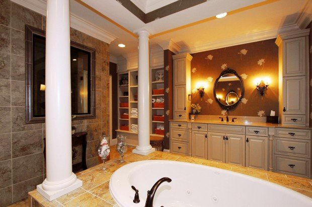 1506 Homestead Summit Dr-Master Bath.jpg