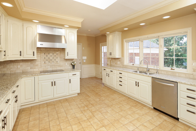 kitchen2 copy.jpg