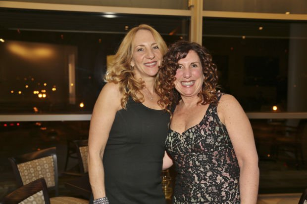 Lori Coughlin, Suzy Bloch