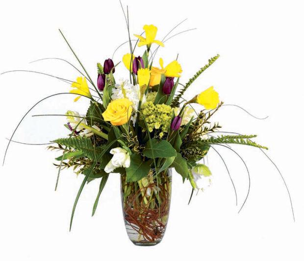 spring flowers_Ladue Florist.jpg