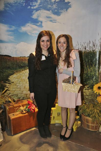 Amanda Karas, Lindsey Fletcher
