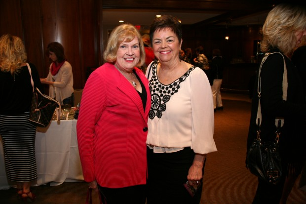 Betty Davidson, Dianne Berms