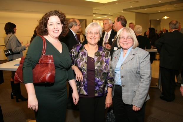 Betsy Taylor, Dafna Lemish, Sue Davis