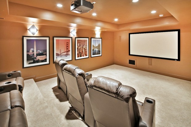 Log Cabin Lane, 1314_media room.jpg