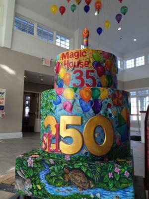 when_STL250 Magic House Cake.JPG