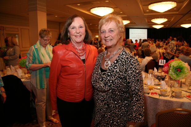 Linda Lee, Jeanne Belle