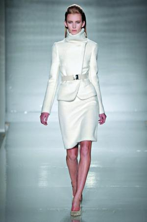 1223_Fashion_white2.jpg