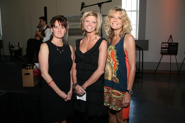 Brenda Schmidt, Cathleen Nuelle, Yvette Phillips