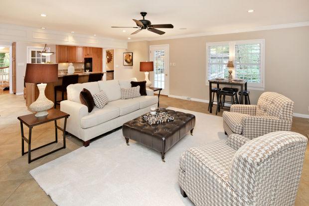 113 Hawthorne Estates-Living Rm 2.jpg