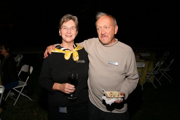 Nancy Linhares, Tim Reichman